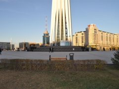 Закончено благоустройство центральной площади у монументального комплекса «Байтерек» в Астане (респ. Казахстан)
