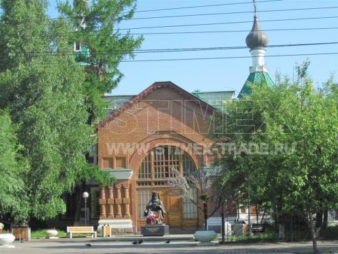 Замена уличной мебели в сквере у Архиерейского дома в Красноярске