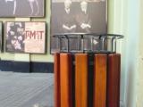 Перед зданием МХТ им. А. П. Чехова (г. Москва) установлена городская мебель коллекции «Старый Петербург»