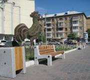 Замена уличной мебели на площади перед Театром музыкальной комедии в Красноярске